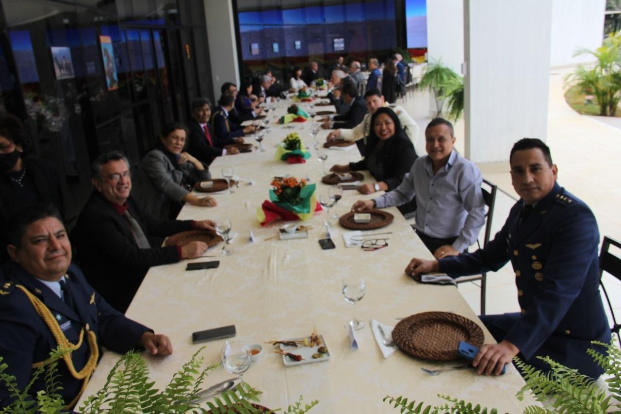 Campanhas solidárias bolivianas são homenageadas em ato oficial em Brasília